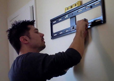 handyman tv bracket